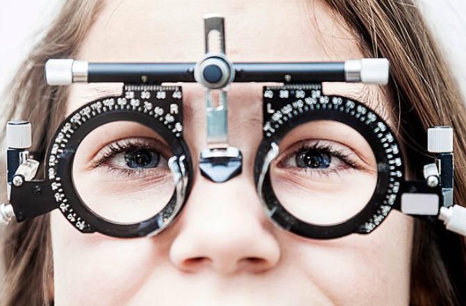 Relación entre edad y miopía