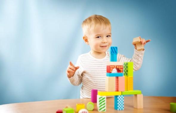 Juguetes para estimular la vista de los bebés